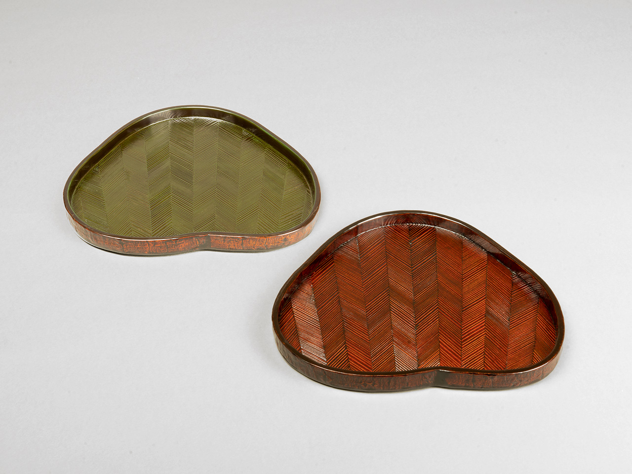 Dry Confection Tray with Pine Needle Motif