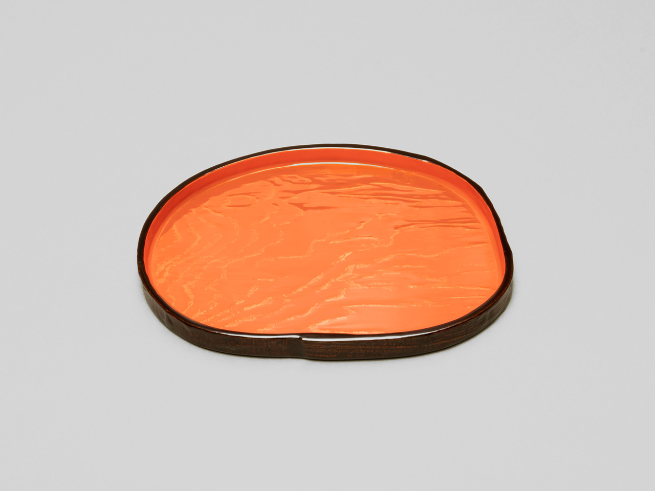 Bark Confection Tray with Gold Wave Motif